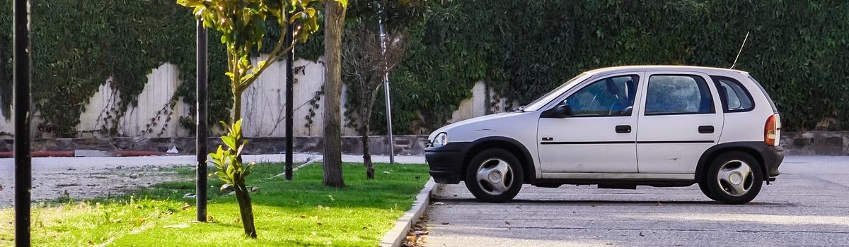 voiture-abandonnee-parking-copropriete-gestion-syndic-lyon